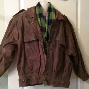 Ladies vintage leather bomber jacket